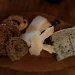 パーラー江古田 - チーズ二種類