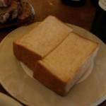 パーラー江古田 - このトーストは…最高!
