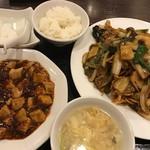 80490797 - 五目焼きそばと麻婆豆腐セット
