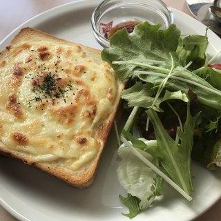 Cafe's Bond 141 - 料理写真:クロックムッシュ