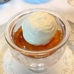 80492191 - 北海道産牡丹海老と雲丹のコンソメジュレ、季節のお野菜のエスプーマ