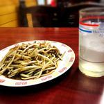 丸長食堂 - ハイサワー(300円)+もやし炒め(300円)