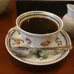 椿屋カフェ - お洒落なコーヒーカップ