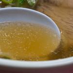 一品香 - ラーメンスープ
