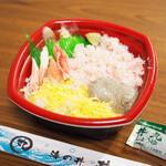 海鮮問屋 丼丸 - 料理写真:カニづくし丼