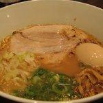 とんこつ らぁ麺 CHABUTON  - 味玉豚骨らぁ麺/780円