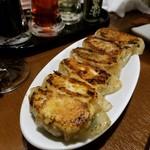 餃子バル 餃子の花里 - 焼き餃子
