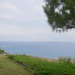 海のイスキア - お庭からの風景、久高島が見えます
