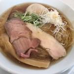 ヌードルキッチンキョウ - 味玉醤油そば(880円)