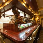 酒中花 空心  - 中国のアンティーク雑貨や家具で統一された落ち着いた空間