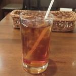 洋食亭ブラームス - ウーロン茶