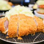 とんかつ川久 - 料理写真:上黒豚ロース