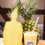 ブルールーフ - pineapple