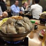 すき焼・鍋物 なべや - 名物 冬季限定のかきみそ鍋¥1200コレ1人前