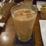 カフェ トリエステ - ミルクティー