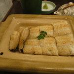 うな富士 - 天然鰻の白焼き(春)