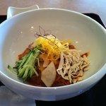 8051857 - こじんまりピビン麺