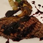 アメ村ワイン食堂 VACA - 2018年2月5日(月)オーパスワンの会 サーロインステーキ 玉葱風味の赤ワインソース