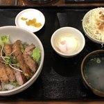 80514949 - サーロインステーキ丼セット¥1,000