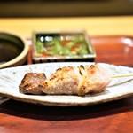 寿し処 寿々 - 鮪の頬肉とカマトロの串焼き
