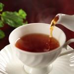 NINOVAL COFFEE - 紅茶の王様「ロンネフェルト」をお出ししています