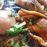 中華そば 八平 - 特製は、煮玉子とチャーシューの数が増えるようです。