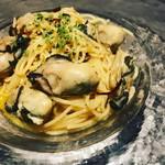 アンドカフェ - 牡蠣のペペロンチーノ