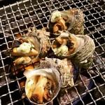築地魚河岸 海鮮 - 料理写真:さざえの壷焼