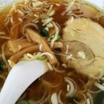 中国料理の店 ビックチャイナ - 普通のラーメン、このチャーシューなかなか秀逸