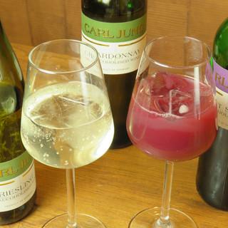 ワインや焼酎で乾杯◇雰囲気を味わえるノンアルコールも充実