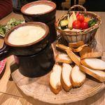 チーズダイニング MONTEREY - アボカドバター、大人のブルーチーズフォンデュ食べ放題