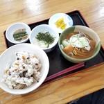 どんぐり食堂 - 料理写真:「自然薯親子セット (1200円)」