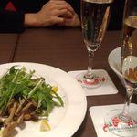 築地 ナカシマルシェ - 牡蠣と舞茸のソテー