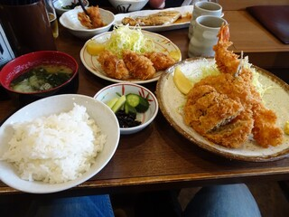 ときわ食堂 - ミックスフライ定食