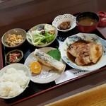 季節料理 大路 - 料理写真:「おまかせ定食 (1100円)」