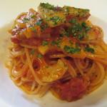 坂の上レストラン - 阿部鶏せせりと蓮根のスパゲッティーニ・アラビアータ