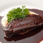イル トバンキ - 料理写真:コトコトじっくり煮込んだ牛ホホ肉の赤ワイン煮込み
