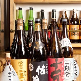 全国各地の日本酒・焼酎取り揃えております