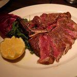 80550658 - フィレンツェ風 牛肉のTボーンステーキ