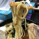 80554407 - 【2018.1.29】サッポロ製麺の加水率高めの中細麺。