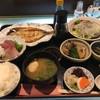海幸楽膳 釜つる - 料理写真:定食全景