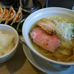 麺屋 壱心 - 塩そば、餃子、半ライス