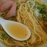 麺屋 壱心 - 麺、スープアップ
