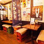 居酒屋よっちゃん - テーブル 4名様