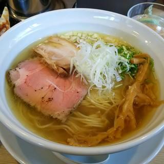 麺屋 壱心 - 料理写真:塩そば(細麺)(750円)