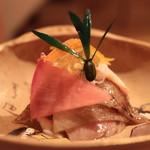 Shunai Sasaki - ミスジ、蟹、カブラ、ジュレの和え物