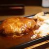 レストランあづま - 料理写真:チーズハンバーグ