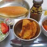 レストラン食飲室 - 料理写真:週替り給食プレート(ハムカツ・ビーフシチュウ)