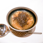 エクアトゥール - フカヒレのスープ仕立て