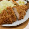 とんかつ山家 - 料理写真:上ロースかつ定食